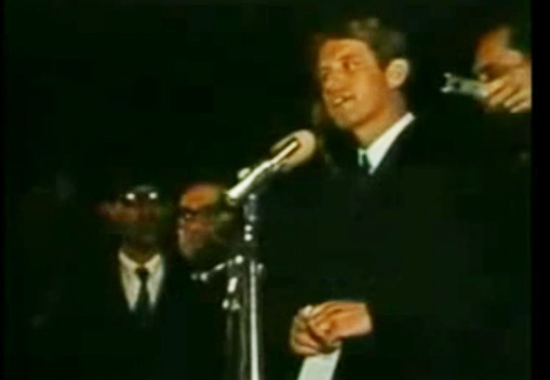 BOBBY KENNEDY ANNOUNCING MARTIN LUTHER KING'S DEATH