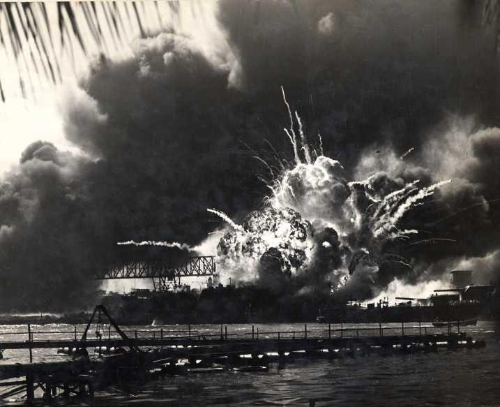... December 7, 1941 - Photo 12