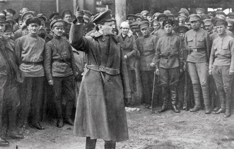 LEON TROTSKY POINTING IT OUT TO RED ARMY SOLDIERS